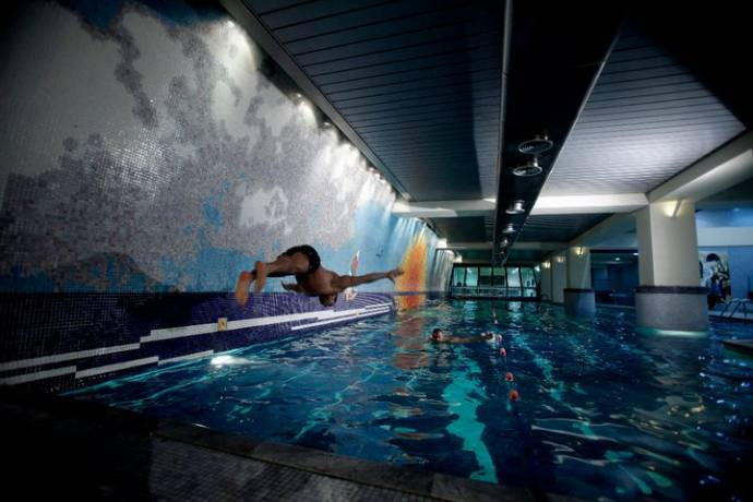 Feeling cold fight the chills this winter with these 8 heated indoor pools in lebanon beirut for Indoor swimming pool in lebanon